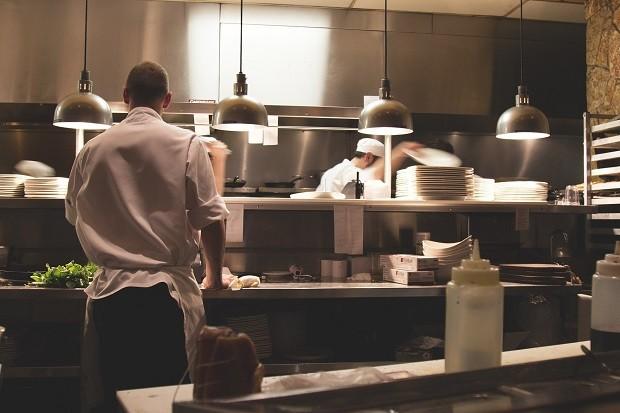 Restaurante higienizado, detetizado e limpo